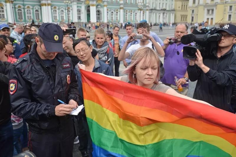 Запреты ЛГБТ-акций в Новочебоксарске обжалованы в ЕСПЧ