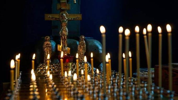 Молитвы и другие традиции на Вселенскую родительскую - 22 февраля