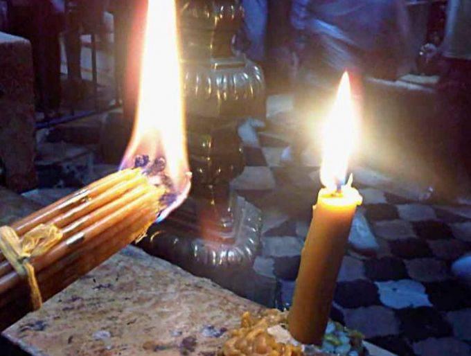 Сретенские свечи: как использовать дома и что с ними делать