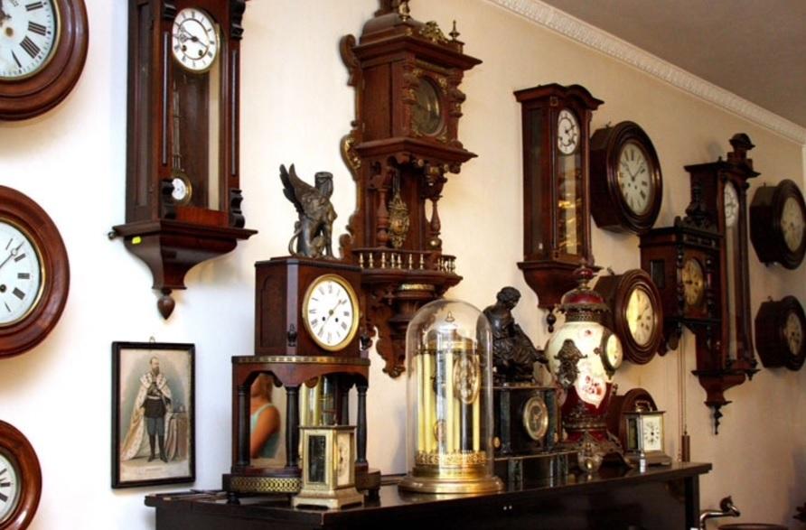 ремонт напольных часов